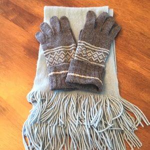 🧣🧤GAP scarf & gloves set!
